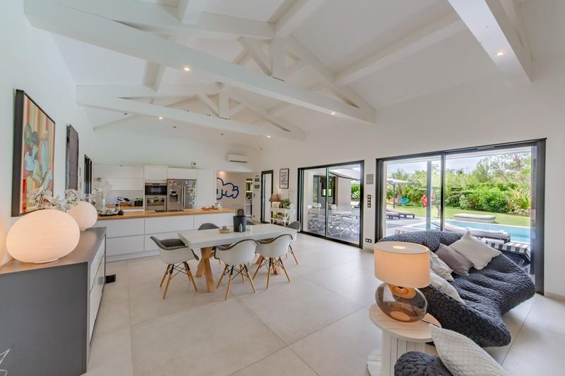 Vente villa Grimaud  Villa Grimaud Golfe de st tropez,   to buy villa  3 bedroom   160m²