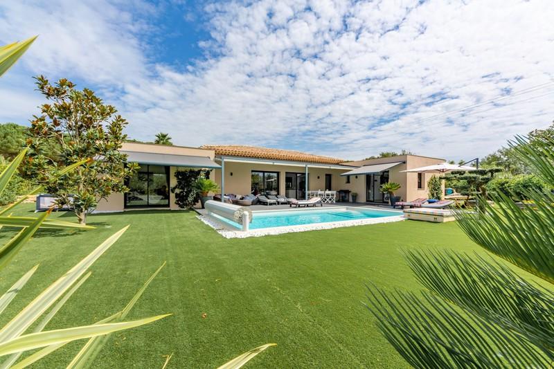 Vente villa Grimaud  Villa Grimaud Golfe de st tropez,   achat villa  3 chambres   160m²