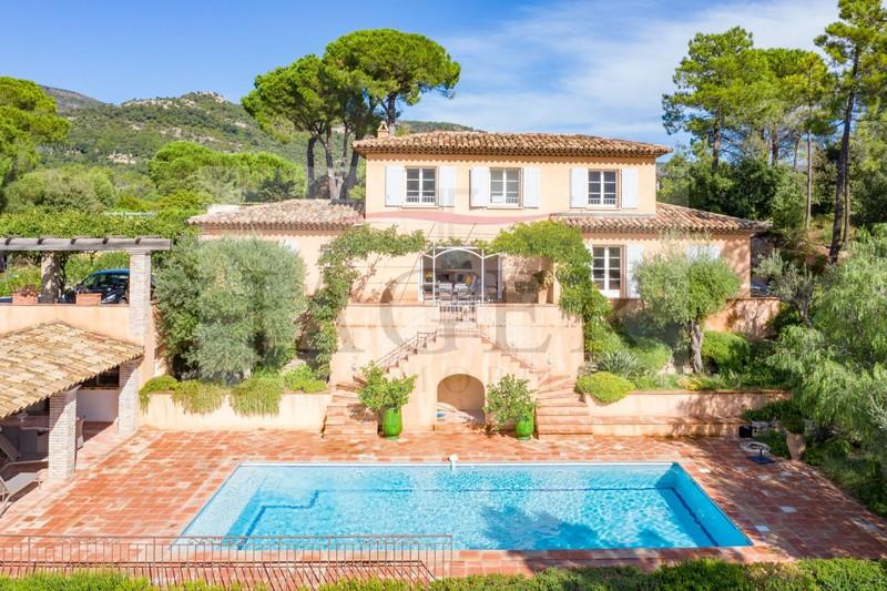 Vente villa Le Plan-de-la-Tour  Villa Le Plan-de-la-Tour Golfe de st tropez,   achat villa  4 chambres   200m²