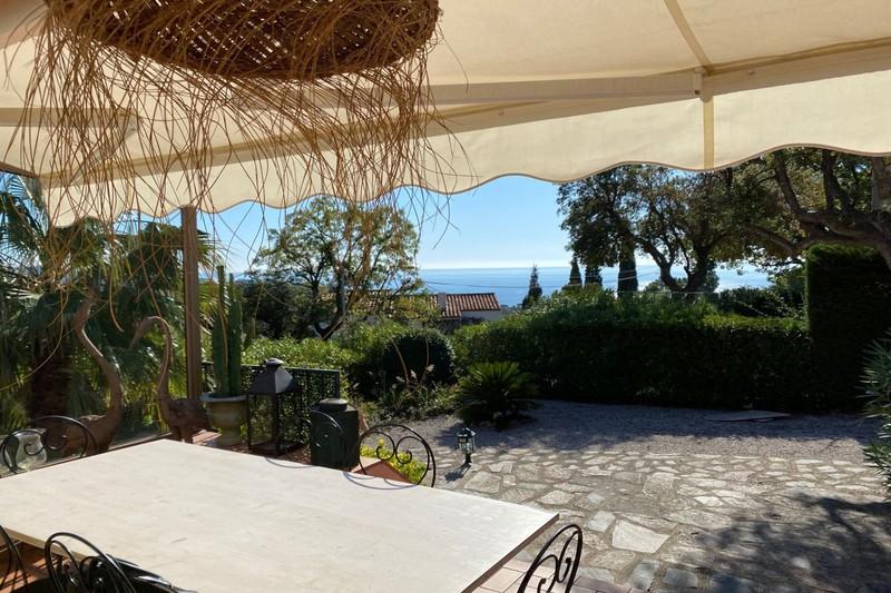Vente villa La Croix-Valmer  Villa La Croix-Valmer Golfe de st tropez,   achat villa  3 chambres   115m²
