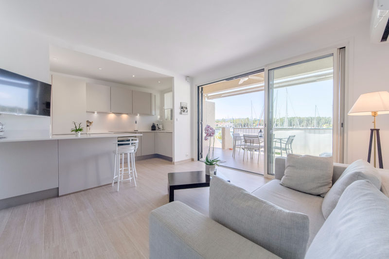 Vente appartement Cogolin  Apartment Cogolin Golfe de st tropez,   to buy apartment  2 rooms   40 m²