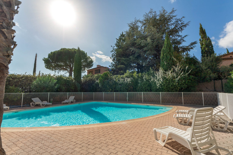 Vente appartement Grimaud  Apartment Grimaud Golfe de st tropez,   to buy apartment  3 rooms   66 m²