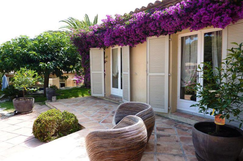 Vente villa Grimaud  Villa Grimaud Golfe de st tropez,   achat villa  5 chambres   240m²