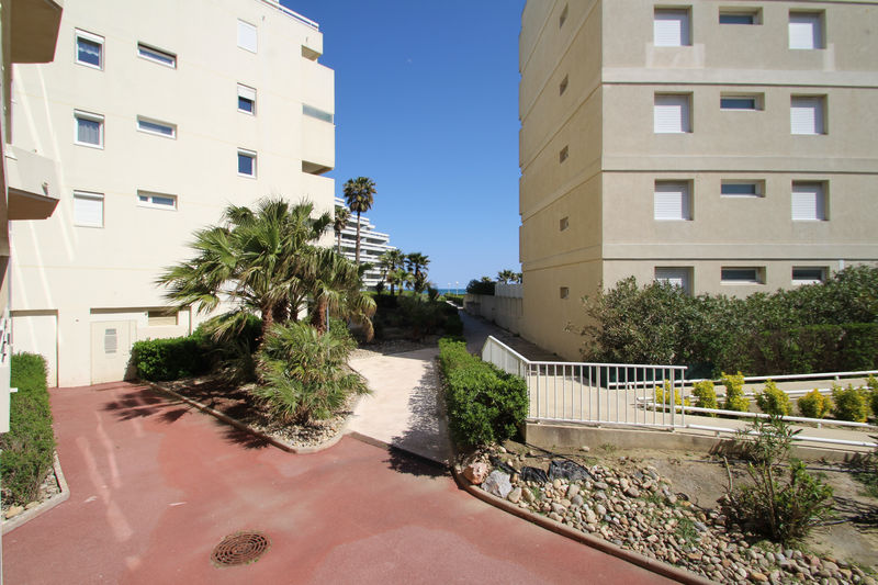Photo n°1 - Vente appartement Canet-en-Roussillon 66140 - 270 402 €