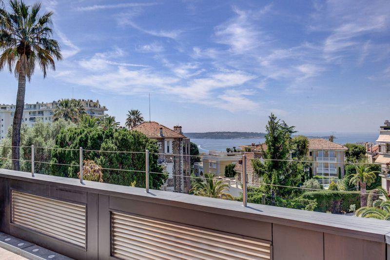 Photo Appartement Cannes Riviera,   achat appartement  3 pièces   103m²