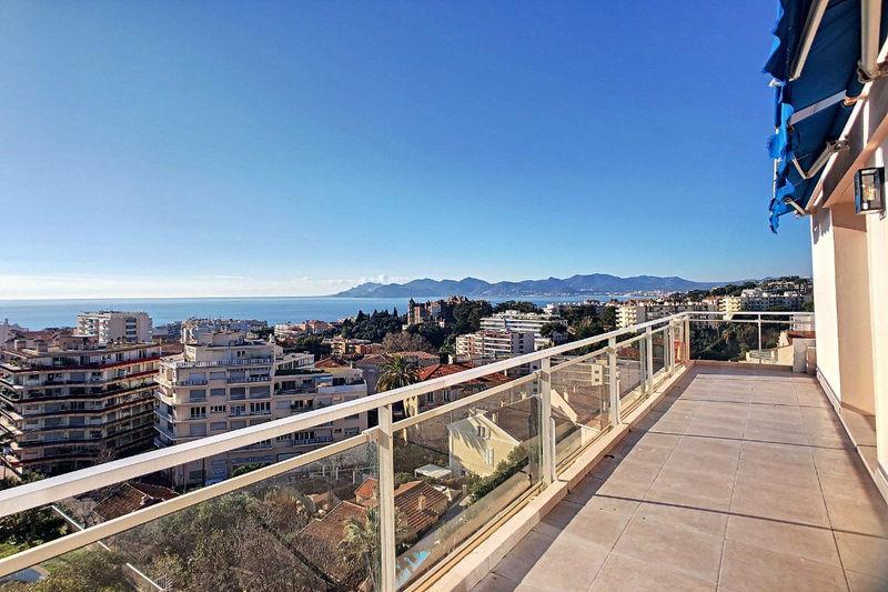 Photo Appartement Cannes Riviera,   achat appartement  3 pièces   99m²