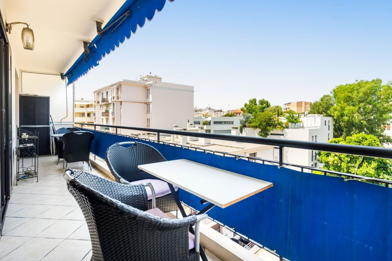 Photo Appartement Juan-les-Pins Riviera,   achat appartement  3 pièces   70m²