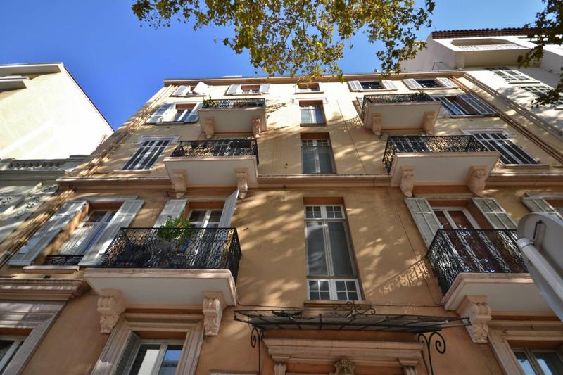 Photo Appartement Cannes Riviera,   achat appartement  3 pièces   69m²
