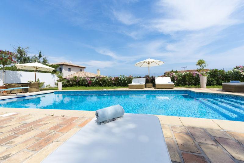 Photo Villa Antibes Riviera,   achat villa  5 chambres   150m²