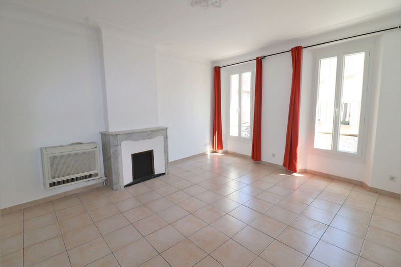 Photo Apartment La Ciotat Centre-ville,  Rentals apartment  3 rooms   65 m²