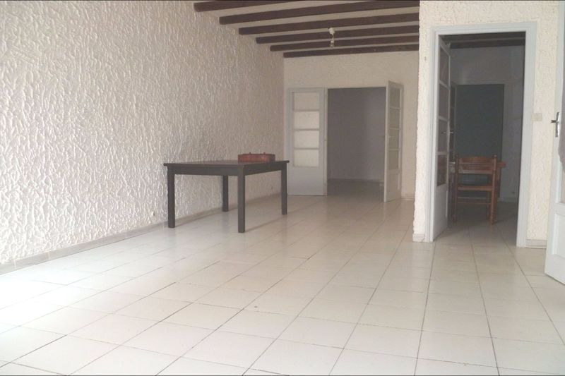 Photo Appartement La Ciotat Centre-ville,  Location appartement  1 pièce   56 m²