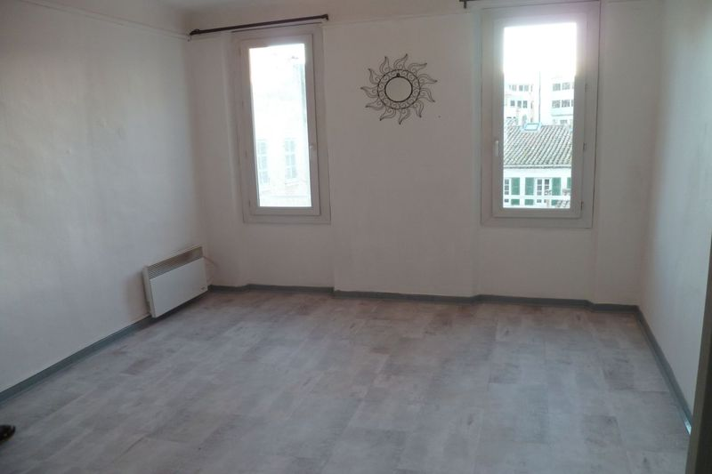 Apartment Ciotat(La) Centre-ville,  Rentals apartment  3 rooms   56 m²