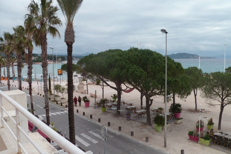 Apartment Ciotat(La) Front de mer,  Rentals apartment  2 rooms   51 m²