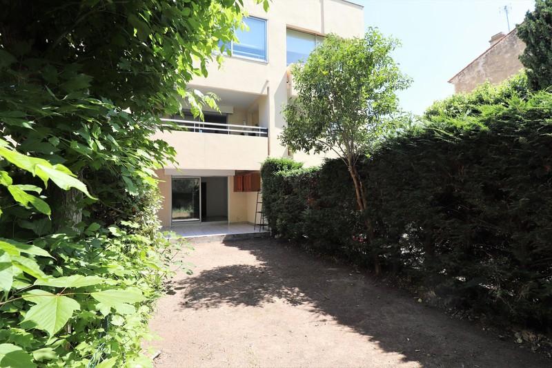 Appartement La Ciotat Proche plages,  Location appartement  2 pièces   32m²