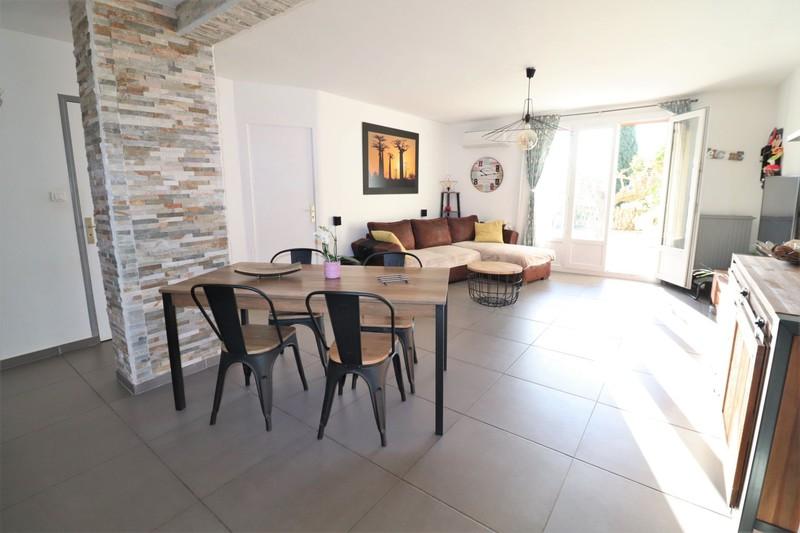 Photo Apartment La Ciotat Périphérique centre ville,   to buy apartment  3 rooms   65m²