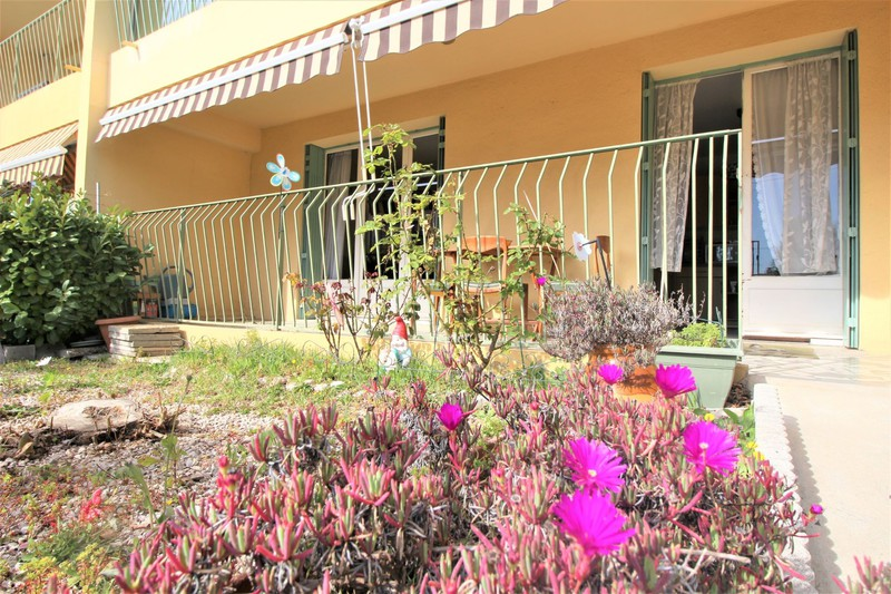 Apartment Six-Fours-les-Plages   to buy apartment  4 rooms   79 m²