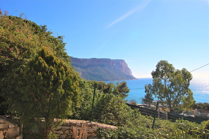 Photo Apartment Cassis   to buy apartment  1 room   25 m²