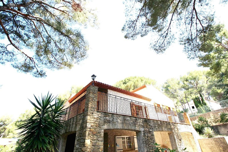 Photo n°2 - Vente maison Saint-Cyr-sur-Mer 83270 - 875 000 €