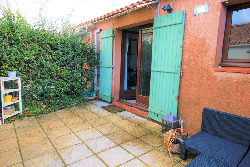 House Le Beausset   to buy house  1 bedroom   27m²