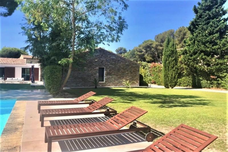 Photo Villa Saint-Cyr-sur-Mer   achat villa  3 chambres   152m²