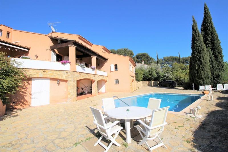 Villa La Cadière-d'Azur   to buy villa  3 bedrooms   205m²