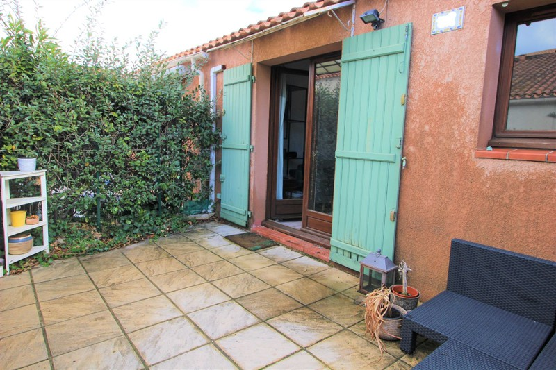 Apartment Le Beausset   to buy apartment  2 rooms   27 m²