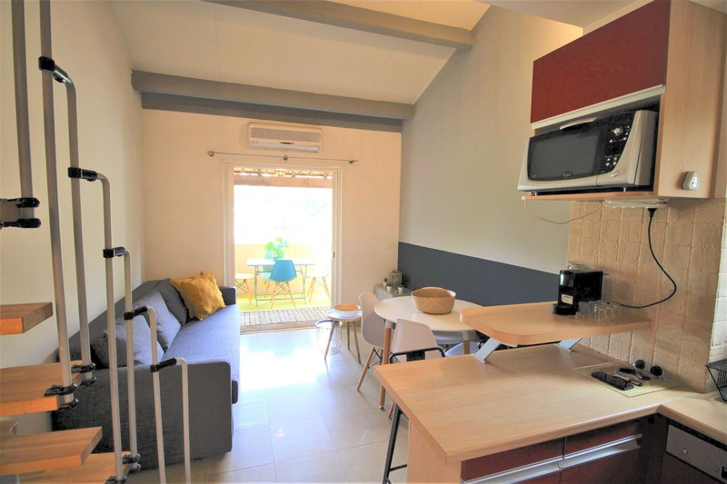 Apartment Sanary-sur-Mer   to buy apartment  1 room   28 m²