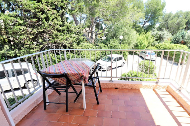 Photo Apartment La Ciotat Proche plages,   to buy apartment  1 room   30 m²