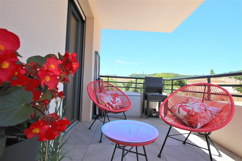 Apartment Saint-Cyr-sur-Mer   to buy apartment  3 rooms   65 m²