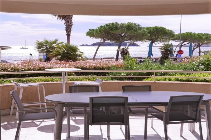 Apartment La Ciotat Front de mer,   to buy apartment  3 rooms   81 m²