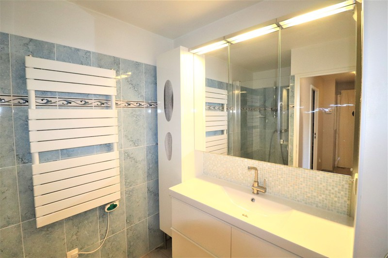 Photo n°6 - Vente appartement Saint-Cyr-sur-Mer 83270 - 312 000 €