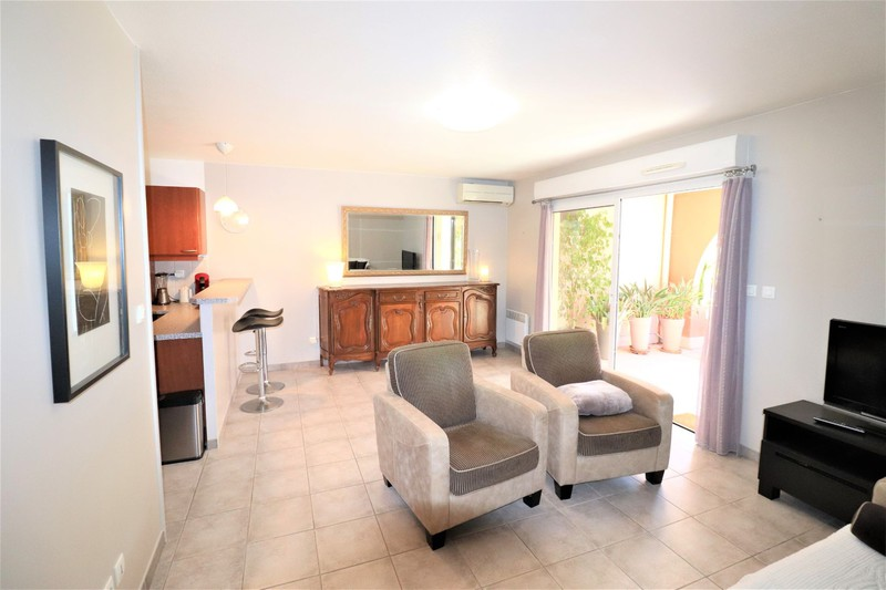 Photo n°8 - Vente appartement Saint-Cyr-sur-Mer 83270 - 312 000 €