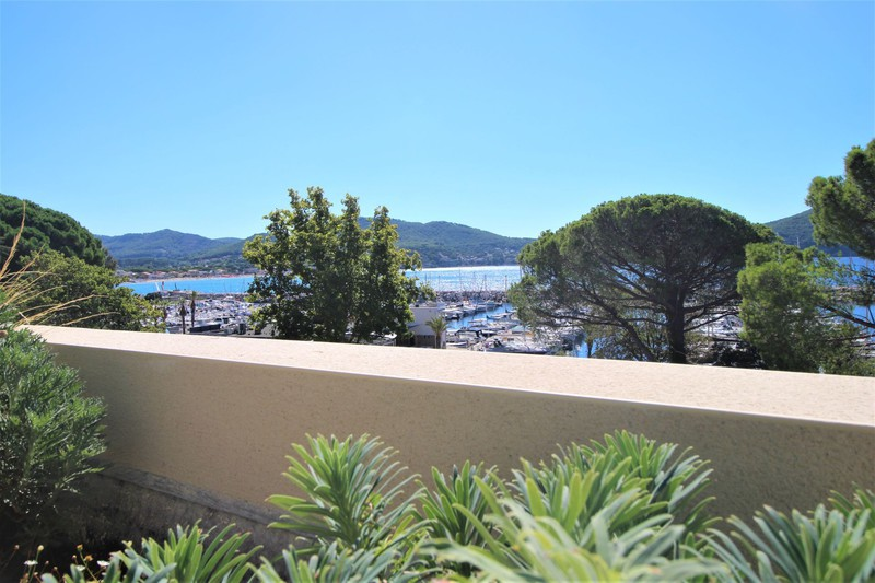 Photo n°2 - Vente appartement Saint-Cyr-sur-Mer 83270 - 780 000 €