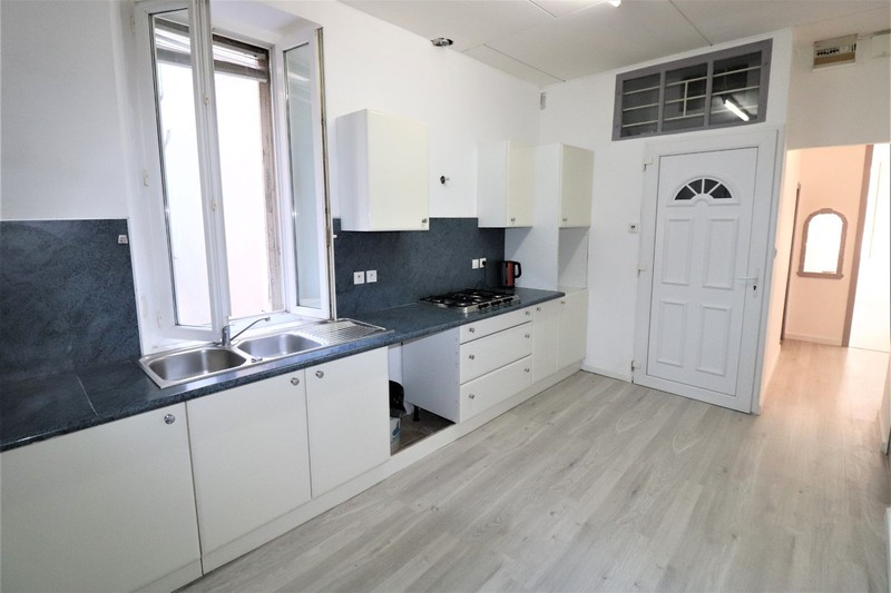 Appartement La Ciotat Centre-ville,   achat appartement  4 pièces   63m²