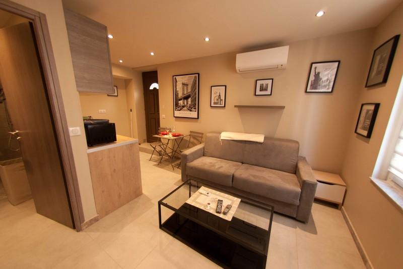 Photo n°1 - Vente appartement Biot 06410 - 132 000 €