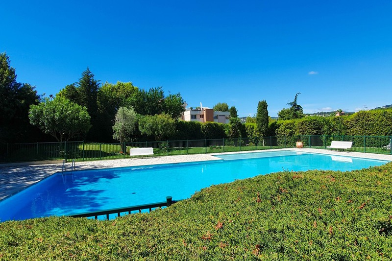Photo n°1 - Vente appartement Antibes 06600 - 329 000 €