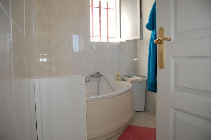Photo n°9 - Vente Maison villa Saint-Christol-lès-Alès 30380 - 270 000 €