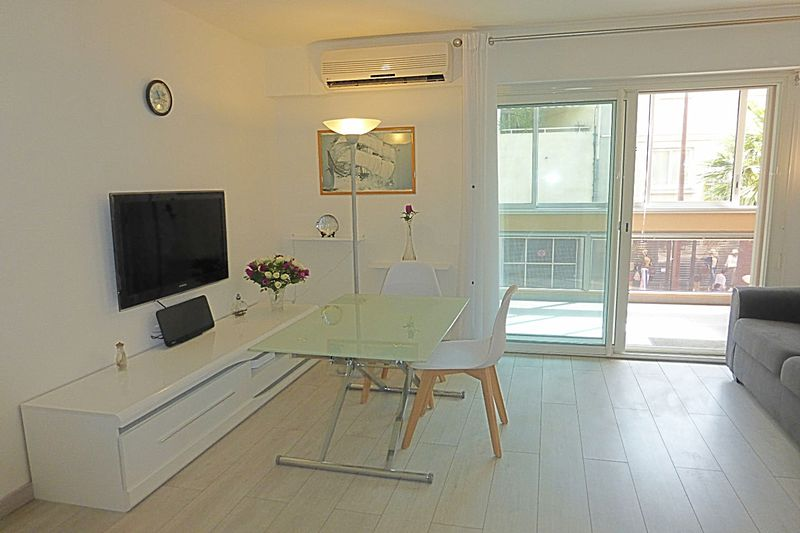 Photo Appartement Sainte-Maxime Centre-ville,   achat appartement  2 pièces   41 m²