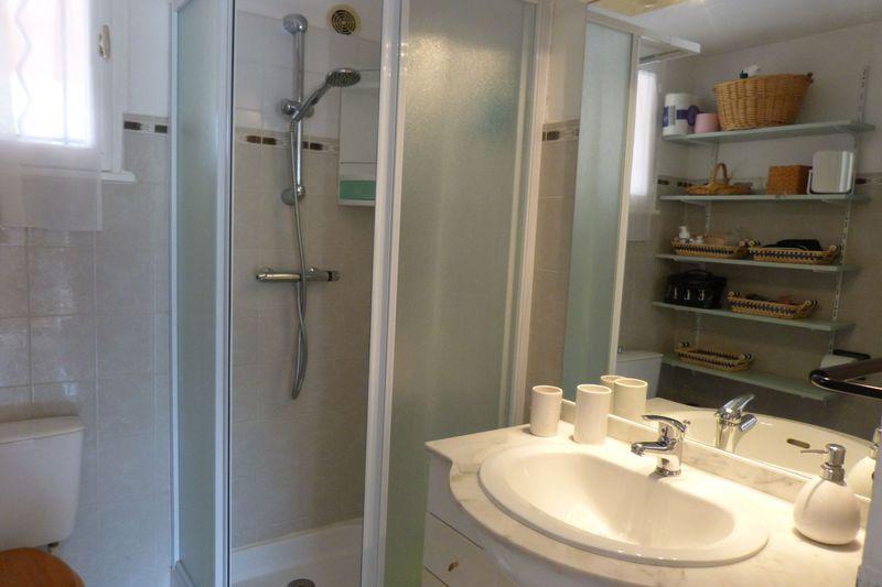 Photo n°8 - Location appartement Le Plan-de-la-Tour 83120 - 525 €