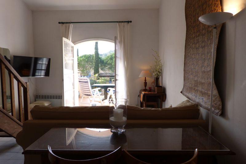 Photo n°3 - Location appartement Le Plan-de-la-Tour 83120 - 525 €