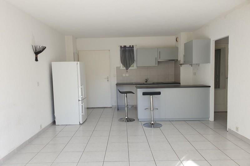 Photo n°2 - Location appartement Le Plan-de-la-Tour 83120 - 700 €