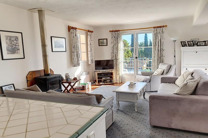 Photo n°2 - Vente appartement Le Plan-de-la-Tour 83120 - 315 000 €