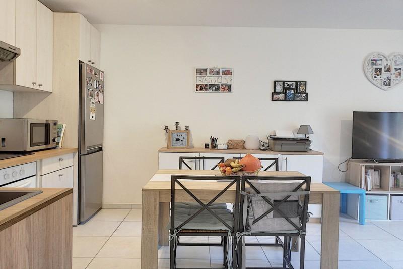 Photo n°5 - Vente appartement Le Plan-de-la-Tour 83120 - 210 000 €