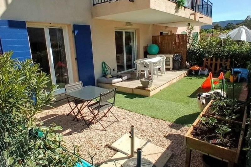 Photo n°2 - Vente appartement Le Plan-de-la-Tour 83120 - 210 000 €