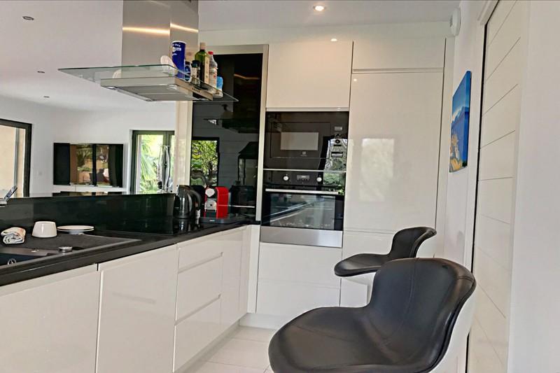 Photo n°5 - Vente appartement Grimaud 83310 - 995 000 €