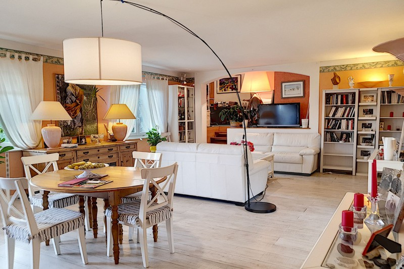 Photo n°2 - Vente maison Le Plan-de-la-Tour 83120 - 388 000 €