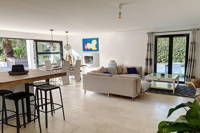 Photo n°4 - Vente maison contemporaine Le Plan-de-la-Tour 83120 - 873 000 €