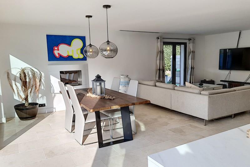 Photo n°5 - Vente maison contemporaine Le Plan-de-la-Tour 83120 - 873 000 €