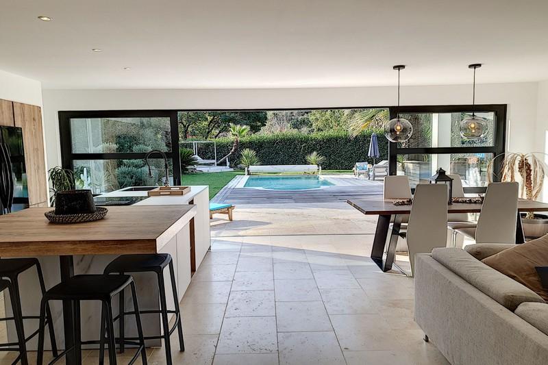 Photo n°3 - Vente maison contemporaine Le Plan-de-la-Tour 83120 - 873 000 €