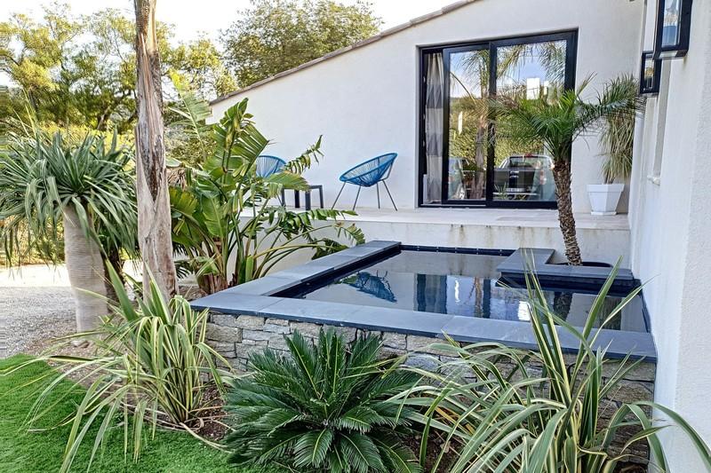 Photo n°2 - Vente maison contemporaine Le Plan-de-la-Tour 83120 - 873 000 €